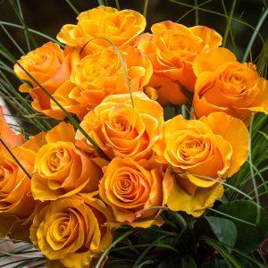 Cvetličarna Omers - šopek_vrtnica_oranžen3