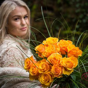 Cvetličarna Omers - šopek_vrtnica_oranžen5